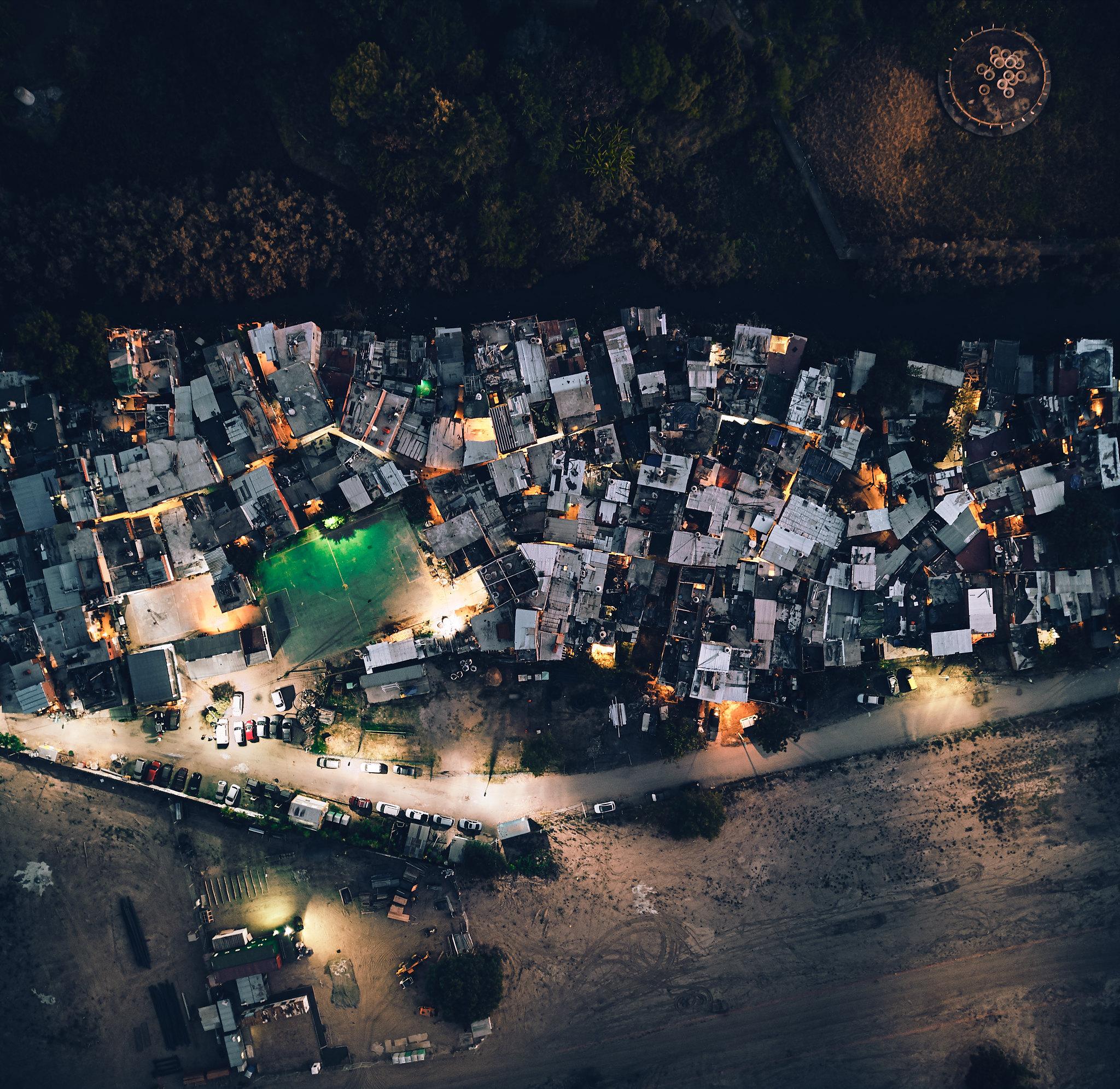 Rodrigo Bueno - shanty town in Buenos Aires