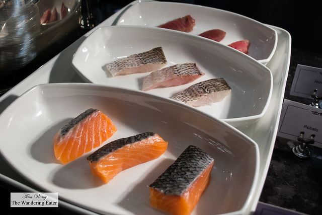Salmon, Riobalto, and Tuna fish to choose to get grilled a la minute