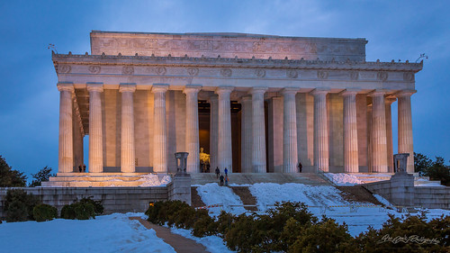 america architecture blue famousplace internationallandmark lincolnmemorial nps nationalmall nationalregisterofhistoricplaces northamerica people places sunset touristattraction traveldestination travelandtourism usnationalmemorial usa unitedstates washingtondc winter snow