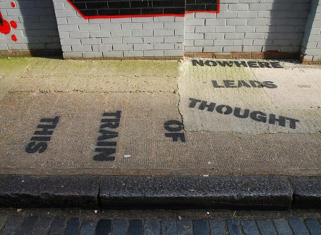 Graffiti (Mobstr), Shoreditch, East London, England.