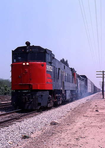 california ontario trains sp ge southernpacific espee emd dd35 u50
