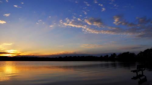 reflections landscapes iso200 illinois nikon midwest lakes silhouettes sunsets second 1320 pinoy chicagoland chicagoist d90 mchenrycounty wetreflections handheldshot manualmodeexposure setholiver1 18105mmnikkorlens lakemccullom shotaperturef90