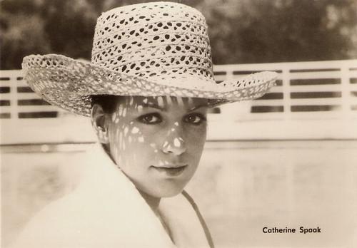 Catherine Spaak in La notte è fatta per... rubare (1968)