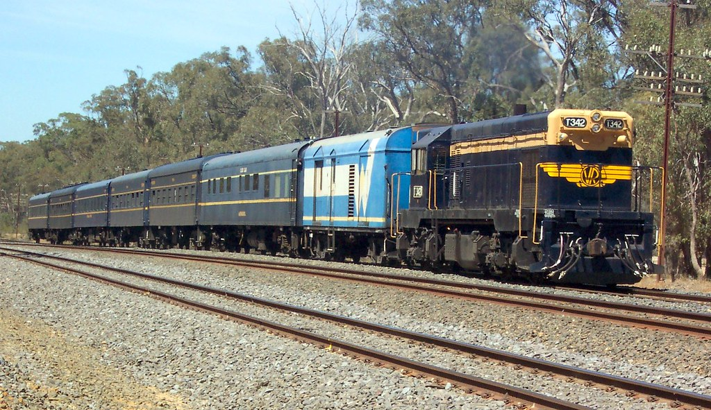 T342 to Tocumwal by LC501