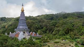 2012-11-23 Thailand Day 05, Phra Maha Dhatu Nabha Metaneed & Phra Maha Dhatu Nabhapol Bhumisiri, Doi Inthanon National Park   by Qsimple, Memories For The Future Photography