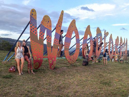 music signs festival folk australia event queensland woodford woodfordia hilltopsunsetconcert