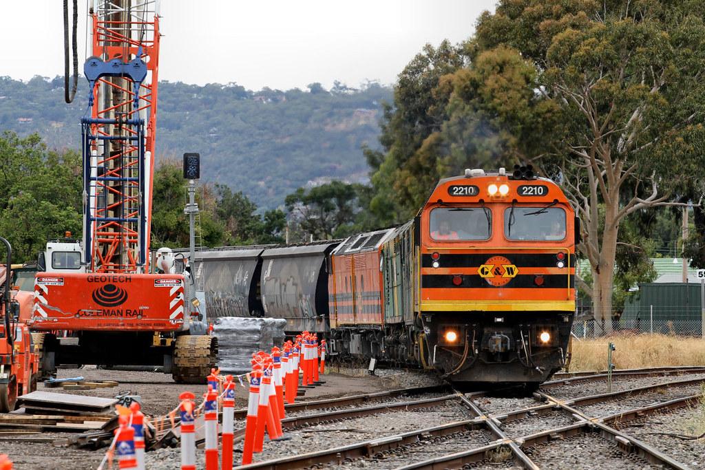 2210 GM38 701 CLF5 3112s Loaded Karoonda Grain Victoria Street Crossing Goodwood 13 01 2013 by Daven Walters