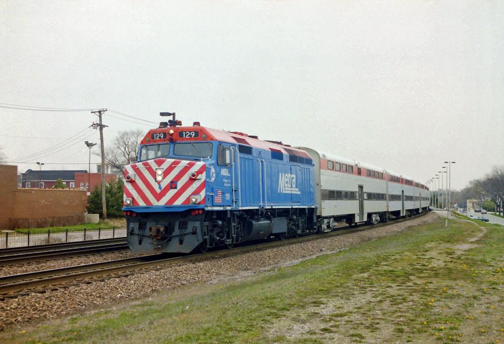Metra at Lombard