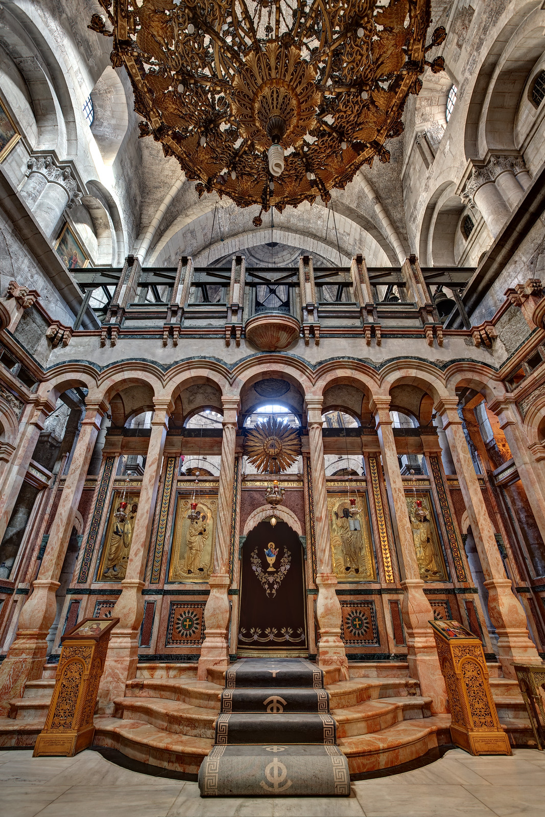Catholicon in the Church of the Holy Sepulchre