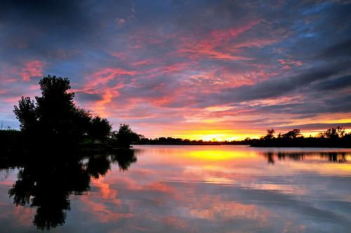 sunset reflections kansas wichita chisholmcreekpark