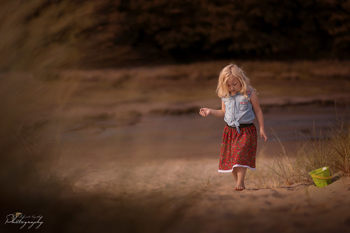 southwales south wales beautifulwales beach sand child childhood fairytales portrait landscape goldenhour ngc nikon d5200 mkphotography margaritakphotography