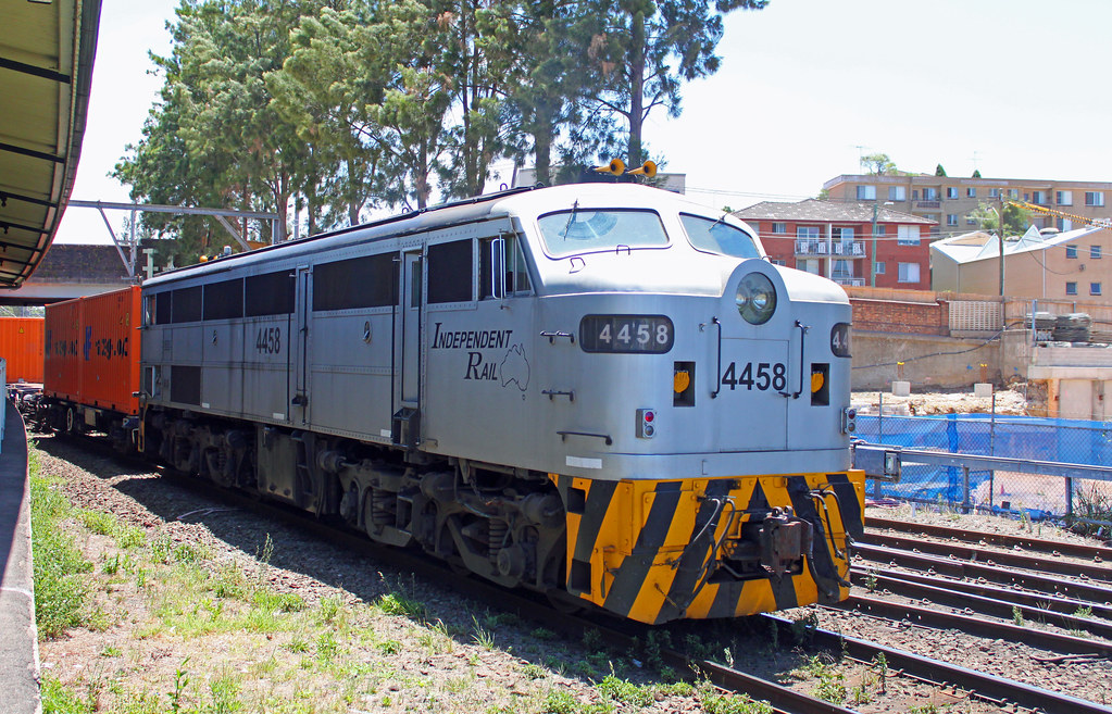 4458, 44202 (front) T257 Marrickville by Thomas