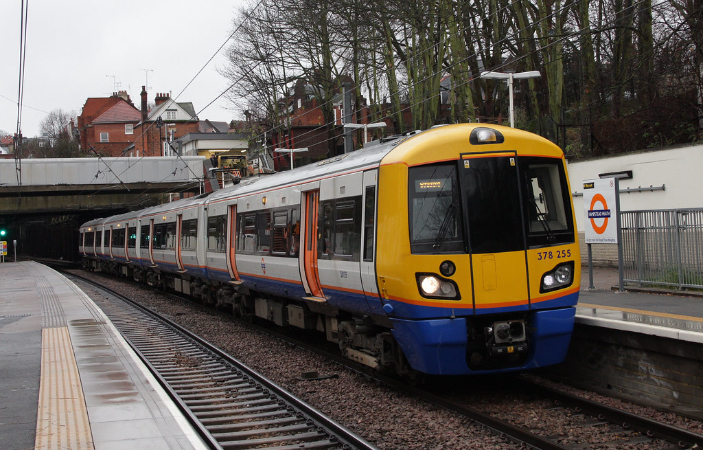 London Overground 378255 Hampstead Heath 28th Dec 2012