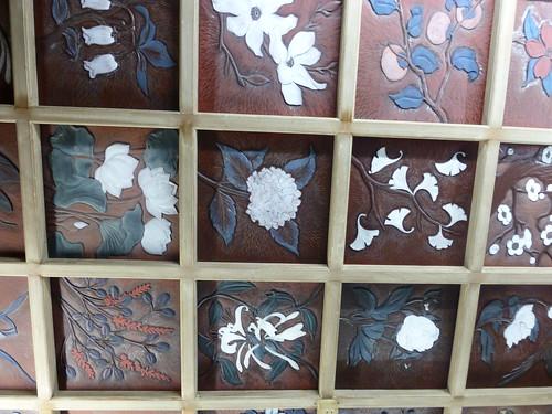 Sat, 12/01/2013 - 13:12 - 鎌倉彫の天井 ー 満福寺