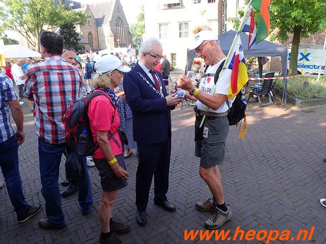 2016-07-21   3e  dag Nijmegen   40 Km  (40)