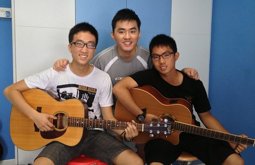 Guitar lessons Singapore Edison Jia Jing