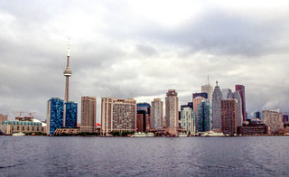 20020616 01 Skyline, Toronto, ON