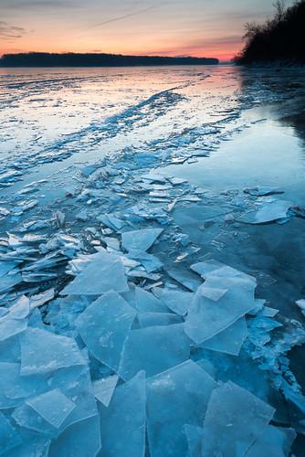 winter snow ice sunrise iowa mississippiriver minesofspain