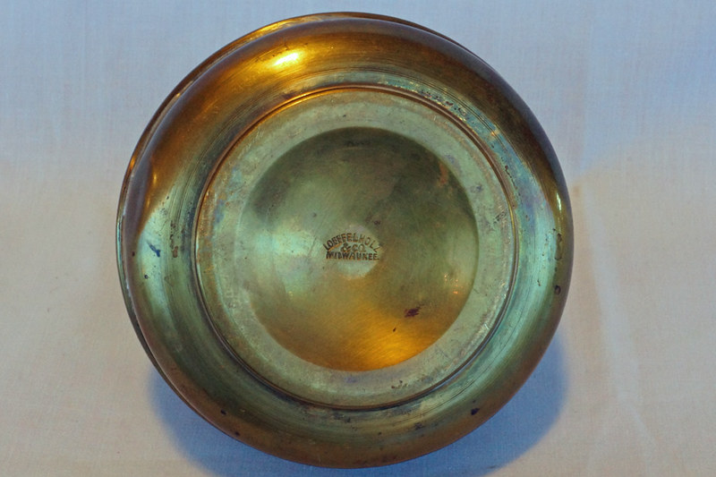 DSC02025 Antique Brass Kerosene Lamp Base