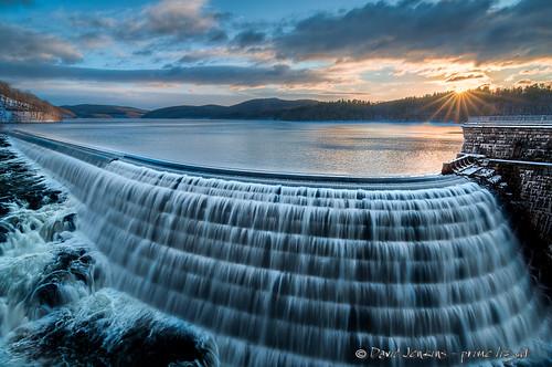 winter newyork water sunrise dam teal lakes croton westchestercounty crotondam crotongorgepark davidjenkins tokina1116 nikond300s