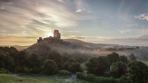 corfecastle dawn sunrise dorset wareham castle ruin english heritage