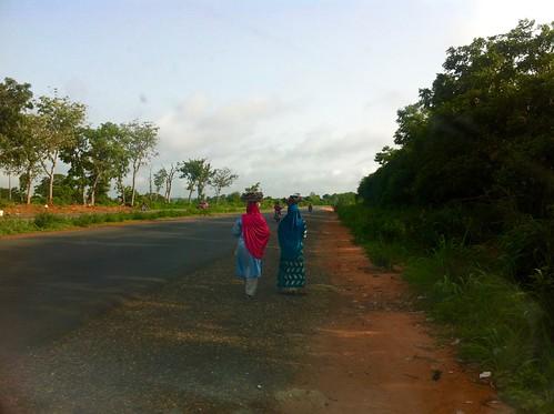 womenroadsidehawking fctabuja nigeria jujufilms africanculture jujufilmstv photography people socialmedia travel abaji