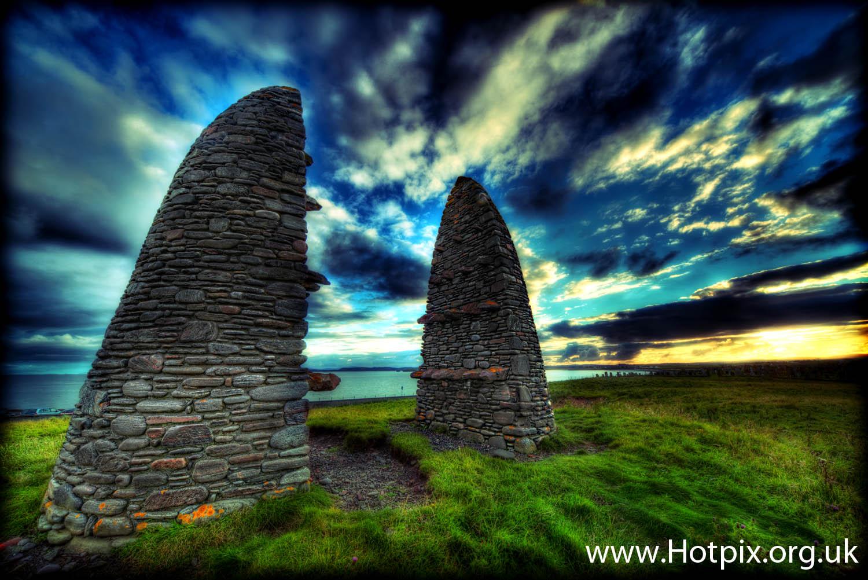 Aignish,Cairn,memorial,lewis,Stornoway,Isle,Isle of Lewis,stone,site,Scotmland,UK,cofters,landowners,fight,confrontation,riot,sunset,sunrise,scene,things,see,sky,Edinburgh,New,Year,Years,Day
