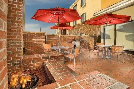TownePlace Suites patio, Lexington Park