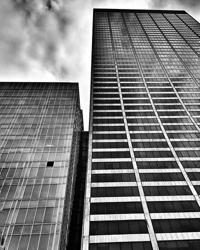 Lines and an open window  #Newyork #Nyc #newyorkcity #architecture #archilovers #lines #geometry #Travel #travelgram #trip #blackandwhite #bw #monochrome #minimal #lookingup #clouds #cloudporn #sky #modern #window #black #White #iloveny #ilovenyc #newyork | by Mario De Carli