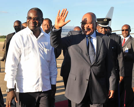 President Jacob Zuma arrives in Zambia to attend Southern