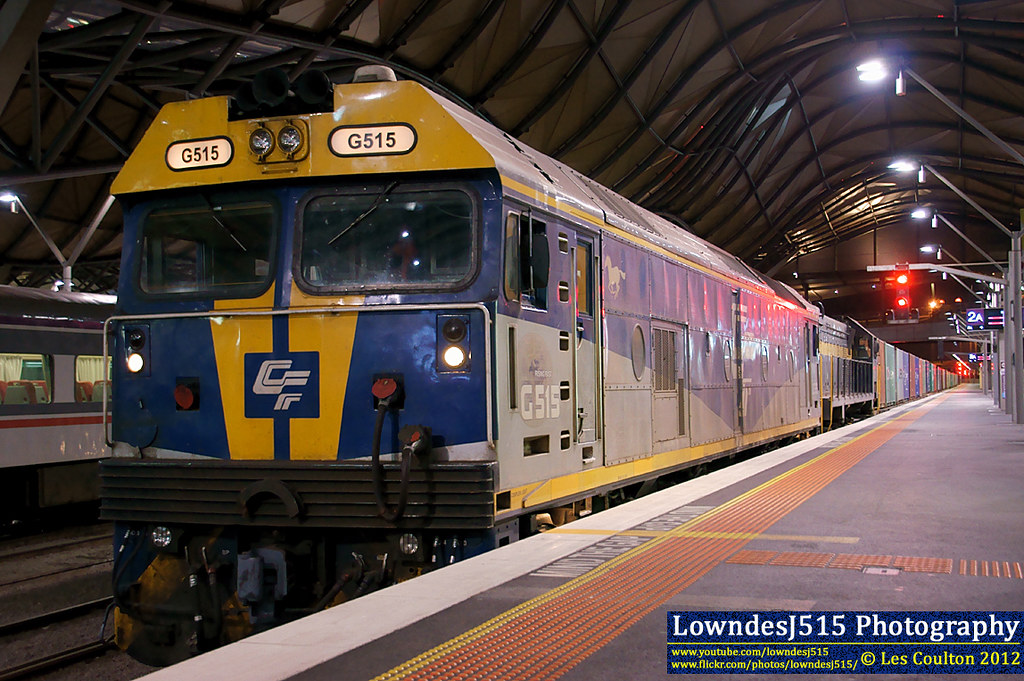 G515 & X31 at Southern Cross by LowndesJ515