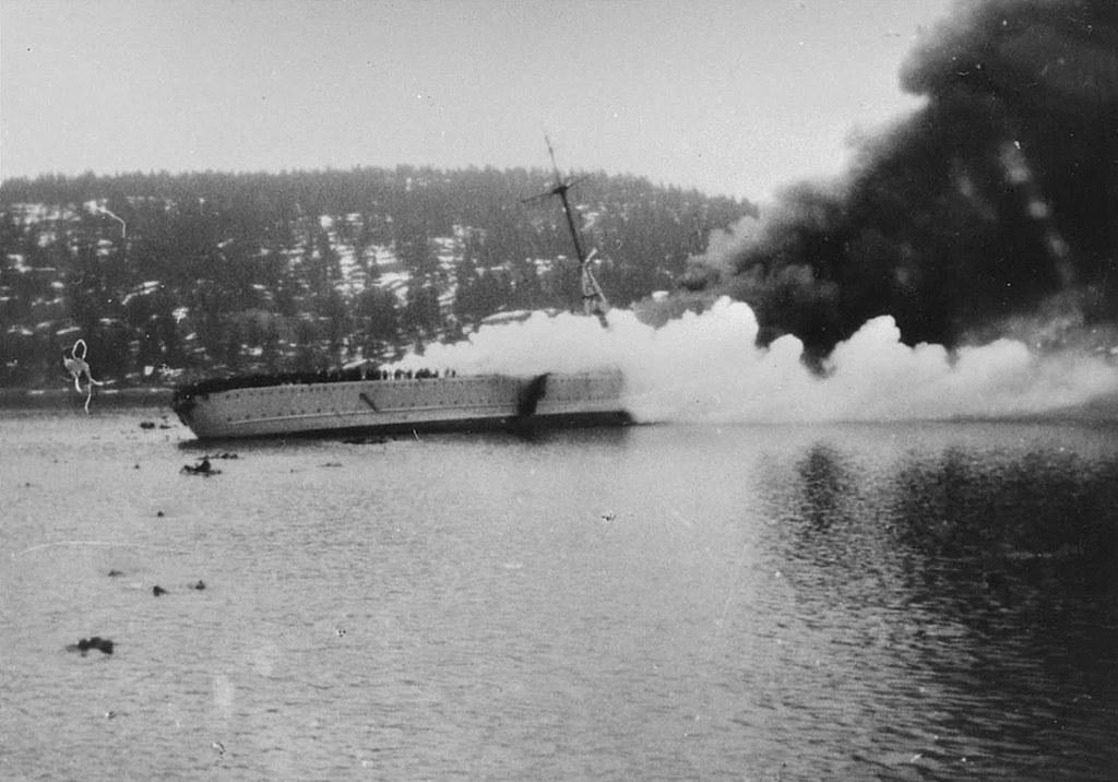 Sinking in the Norwegian Oslo-f′erde German heavy cruiser Blücher  9th April 1940.