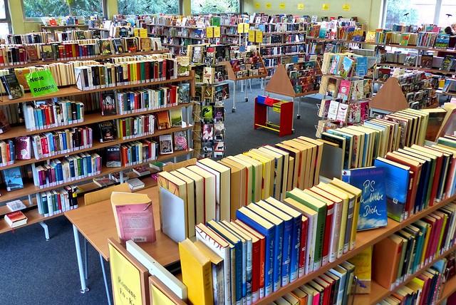 Stadtbibliothek Mülheim an der Ruhr; Schul- und Stadtteilbibliothek Speldorf