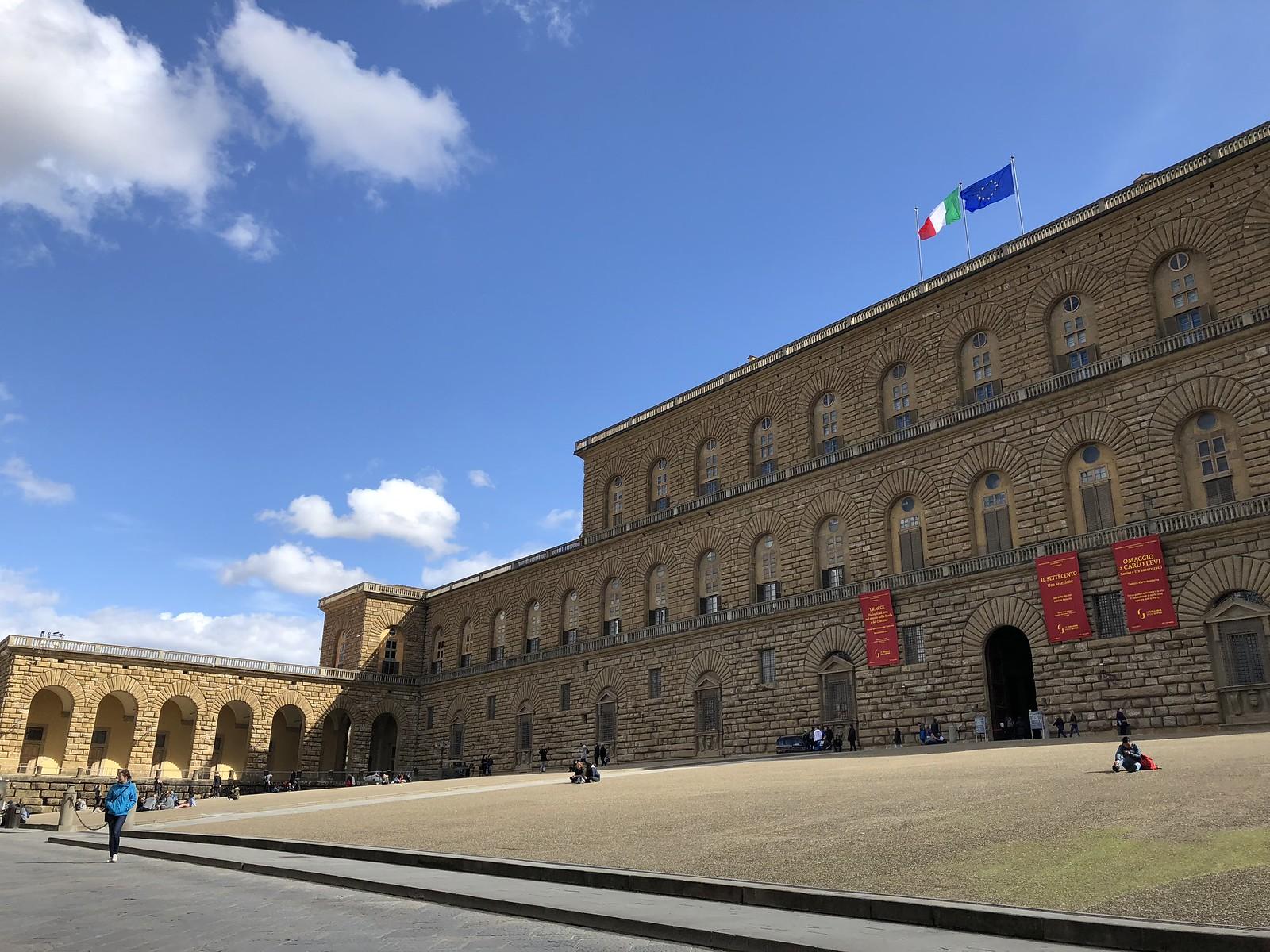 Palazzo Pitti, Monastery Stays