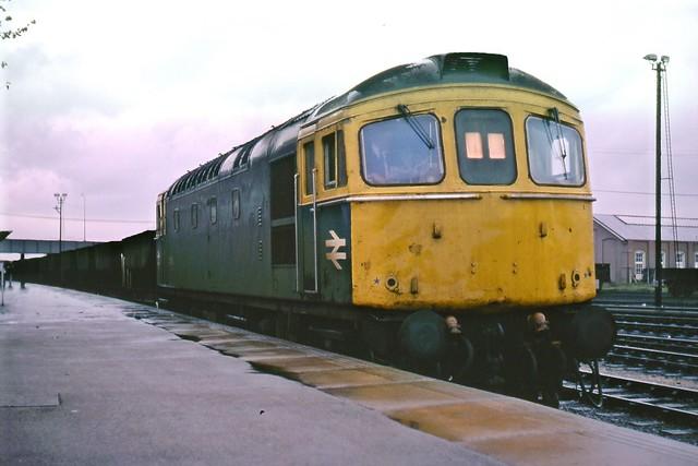 33018_1976_10_Eastleigh
