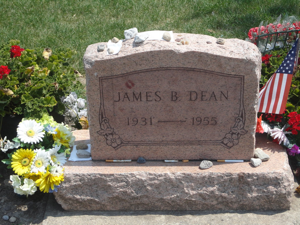 James Dean Grave - Fairmount, Indiana | This the grave of Ho… | Flickr