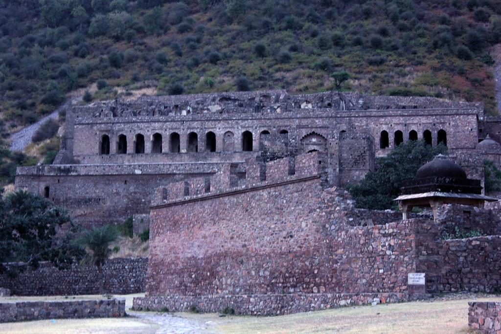 Bhanghar Fort