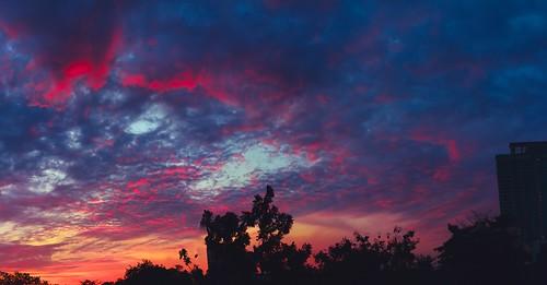 35mm 52mmequivalent aperture apsc bangkok bokeh chill cloud cloudscape cmos f14 fastlens fuji fujixpro1 fujifilm fujifilmxpro1 fujinon home hugin landscape lens panorama raw silhouette sky stitching sun sunrise sunset thai thaiphotographer thailand xmount xpro1 xtrans xf xp1 xpro 1 fujix x skyathome vsco mirrorless lightroom art colorful beautiful light vscofilm life fujifilmcamera