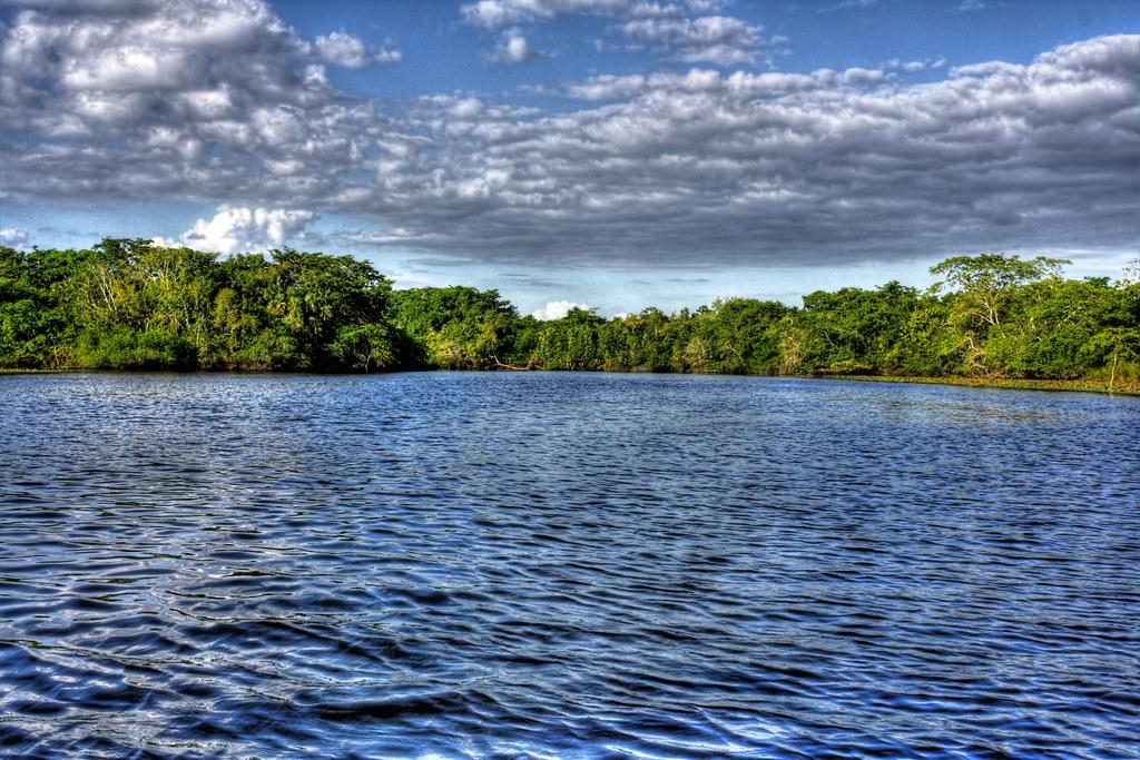 Lamanai BZ - New River Lagoon