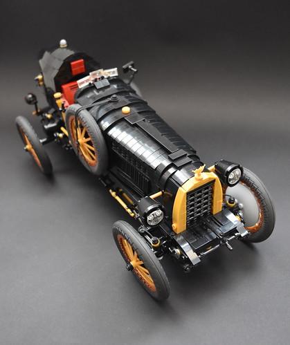 1930's racing car