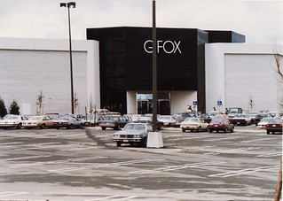 G FOX AT THE GALLARIA MALL IN APRIL 1987 | by richie 59