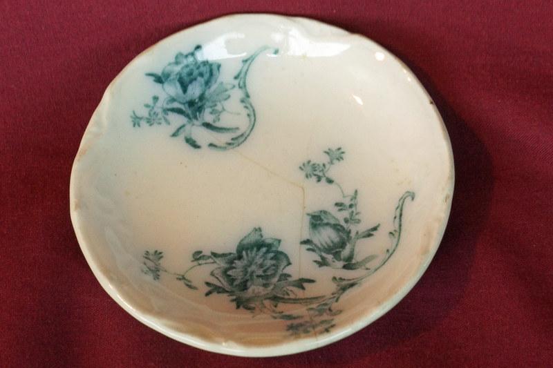 DSC01840 Antique Painted Salt Dish