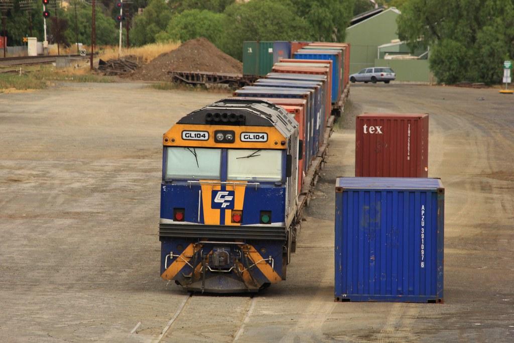 GL104 sits shutdown in Horsham yard by bukk05