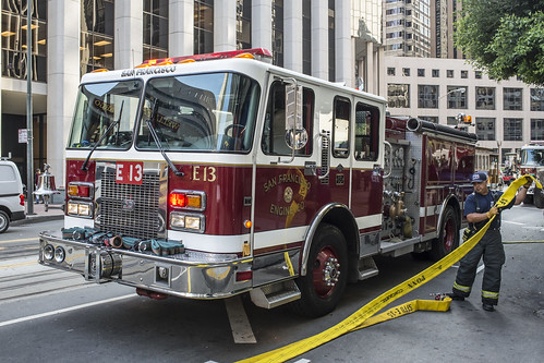 fire-truck---downtown_22816888931_o