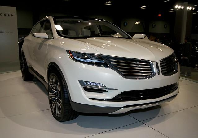 2013 Washington Auto Show - Lower Concourse - Lincoln 2