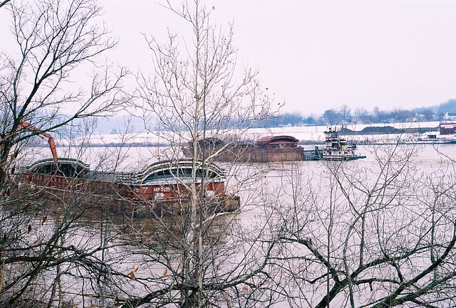 Switching barges on the Ohio River