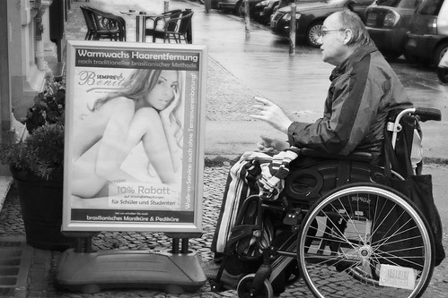 The Conversation - Kurfurstendamm, Berlin, 2012 | by TheG-Forcers (Mike - CATCHING UP)