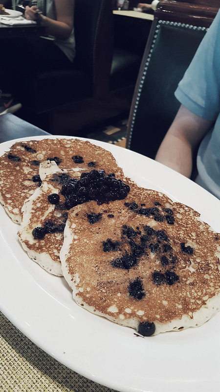 Brooklyn Diner - Choc Chip Pancakes