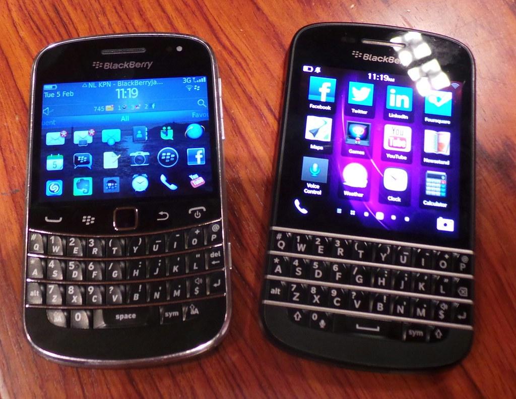BlackBerry Bold 9900 vs BlackBerry Q10   CCS Insight   Flickr