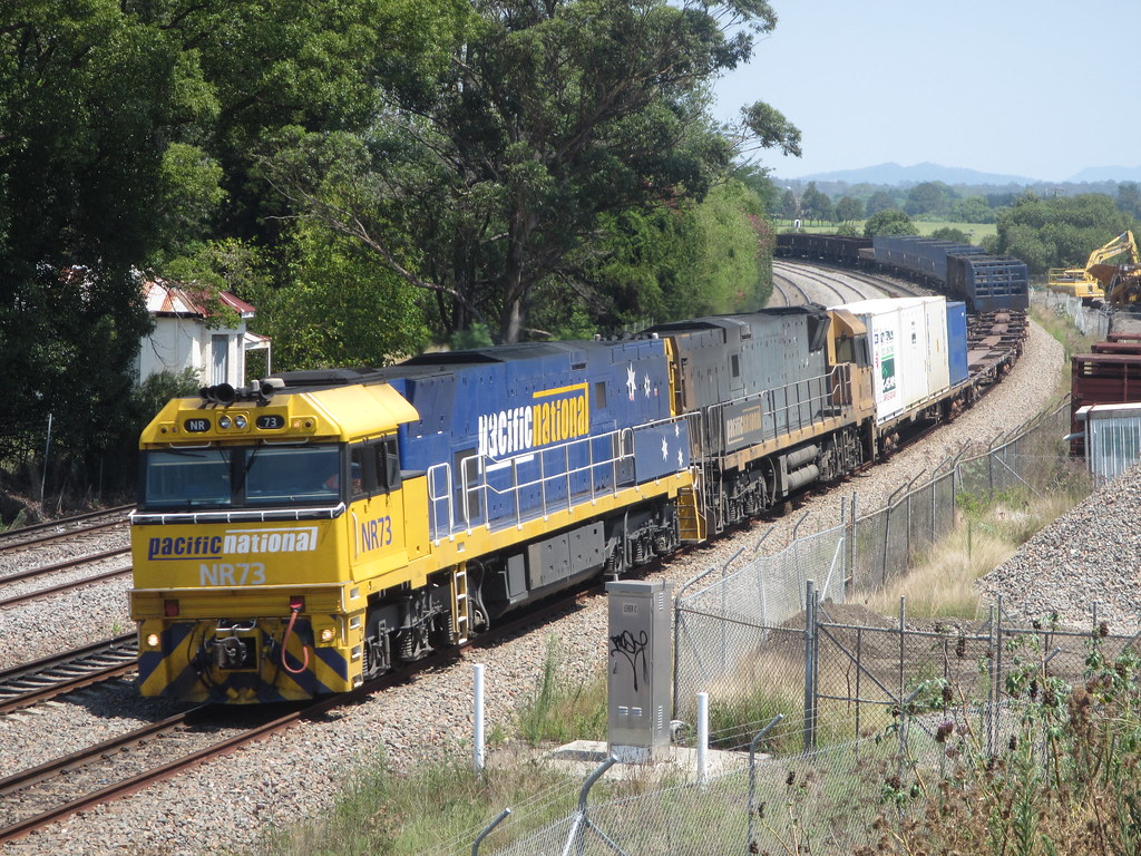 3BW4 at East Maitland by AaronHazelgrove01